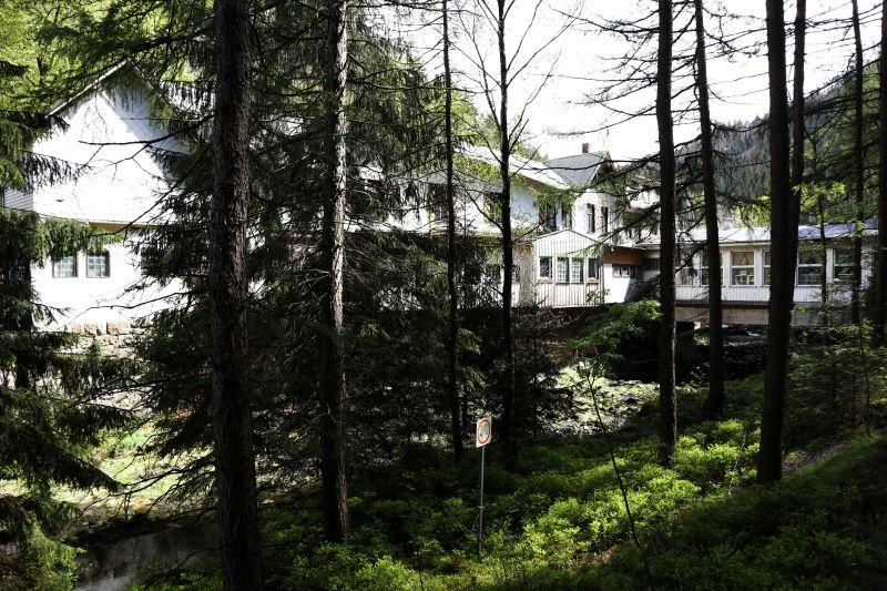 Ehemaliges Hotel Königreich Romkerhall